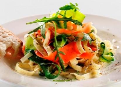 randig-pasta-m-zucchini-o-morot-ii